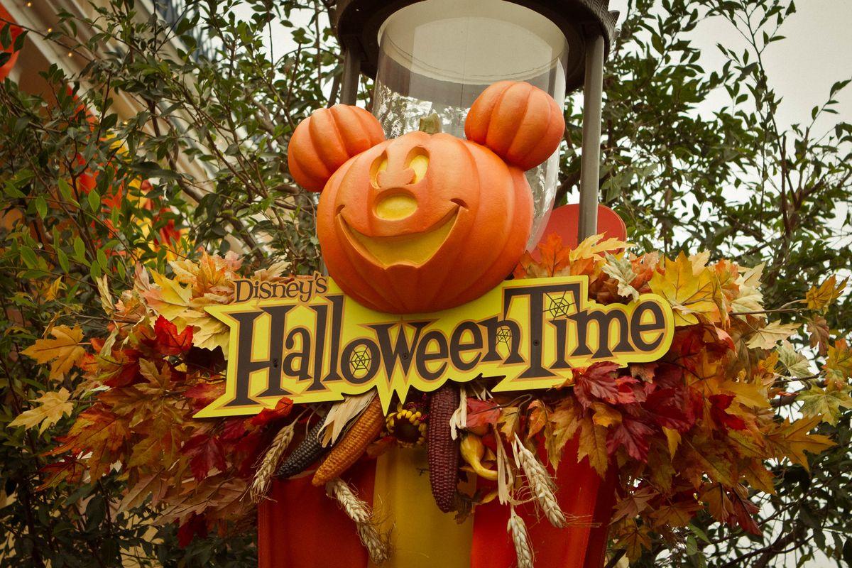 16 DIY Disney-Inspired Halloween Costumes