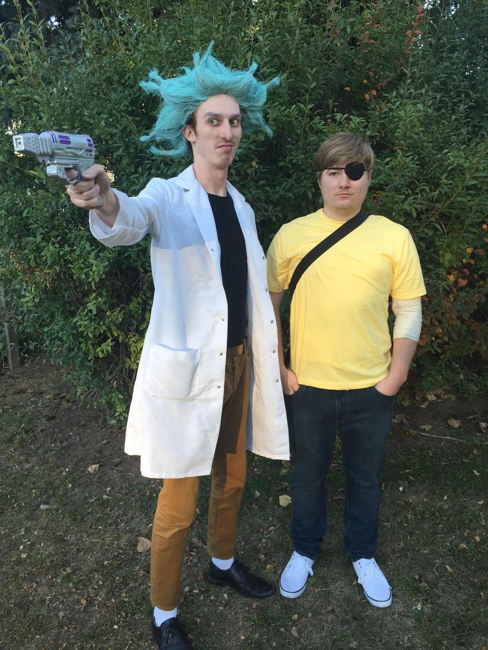 Halloween Duo.15 Dynamic Duo Costumes You Can Win Halloween With