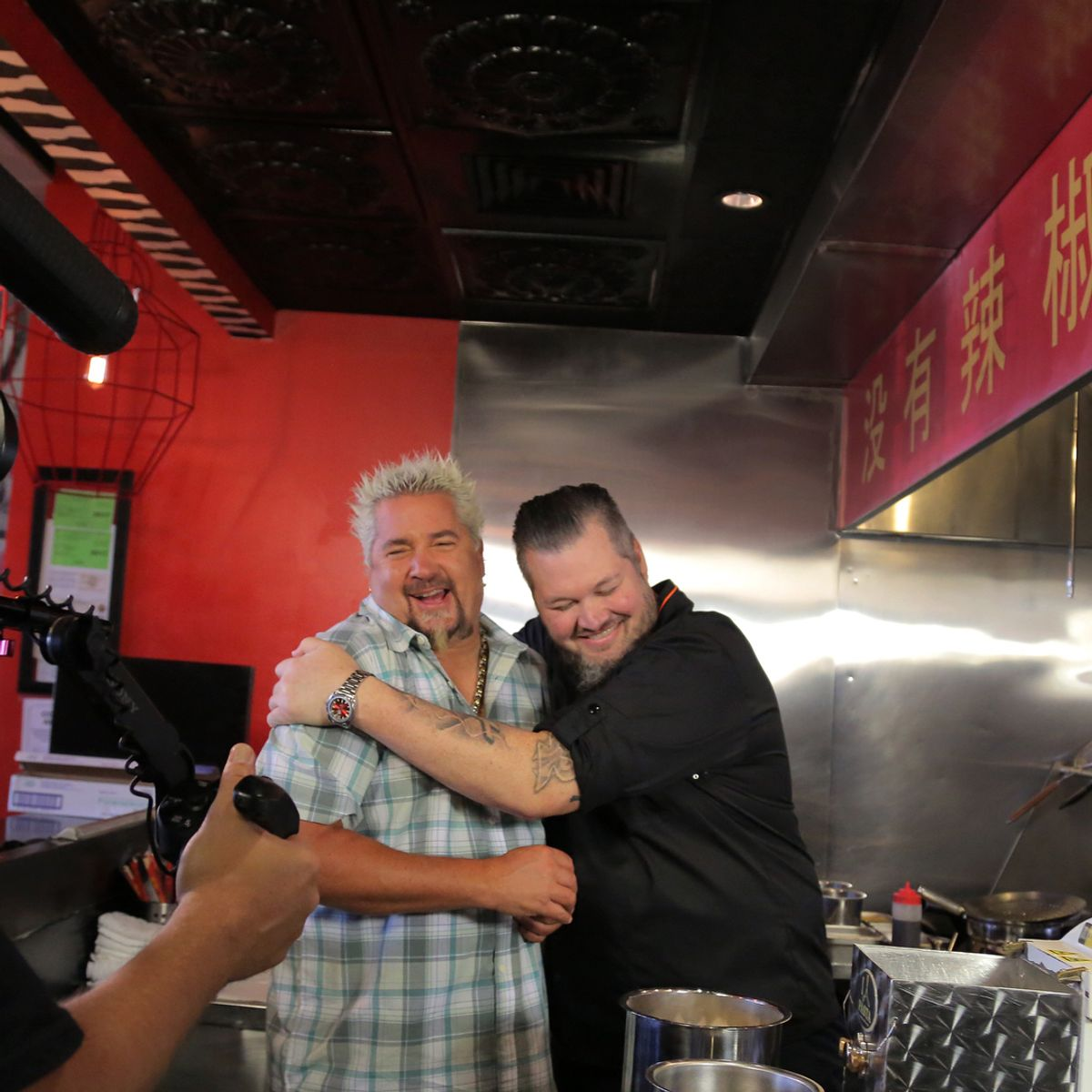 10 Guy Fieri Gifs You Need In Your Life