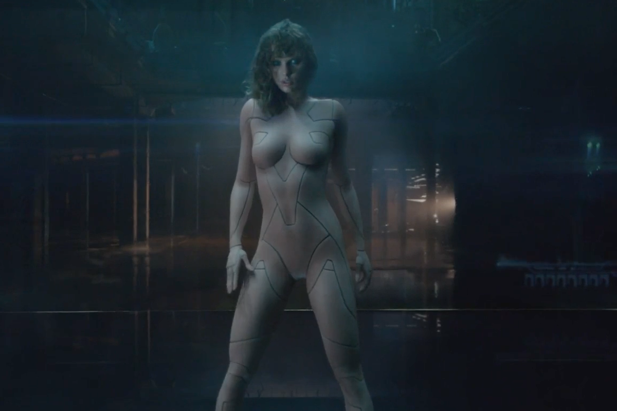 "Taylor Swift is a Nude Cyborg in Her New ""...Ready For it?"" Video"