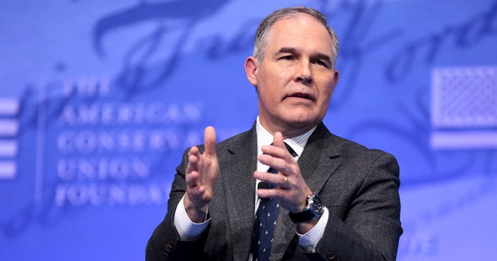 Senators Accuse EPA of 'Denying Science' and 'Fabricating Math' to Justify Clean Power Plan Repeal
