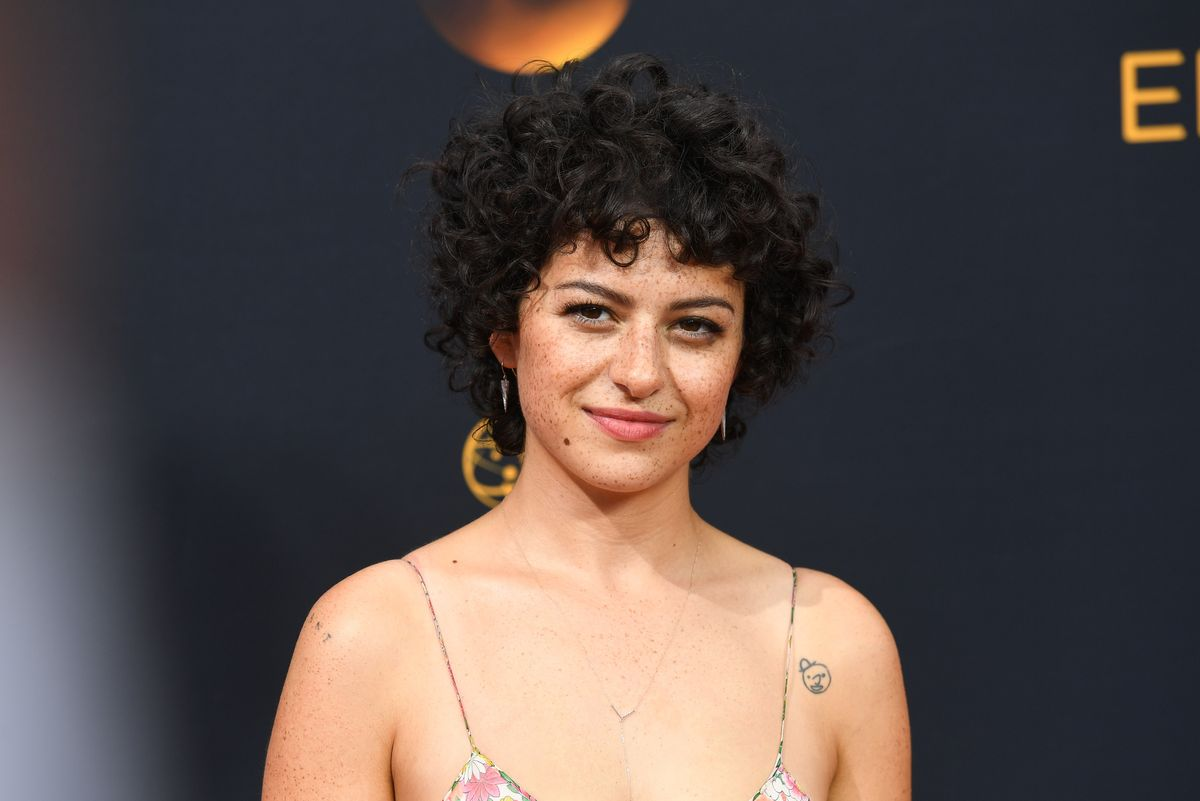Alia Shawkat on Filming Sex Scenes Without Men