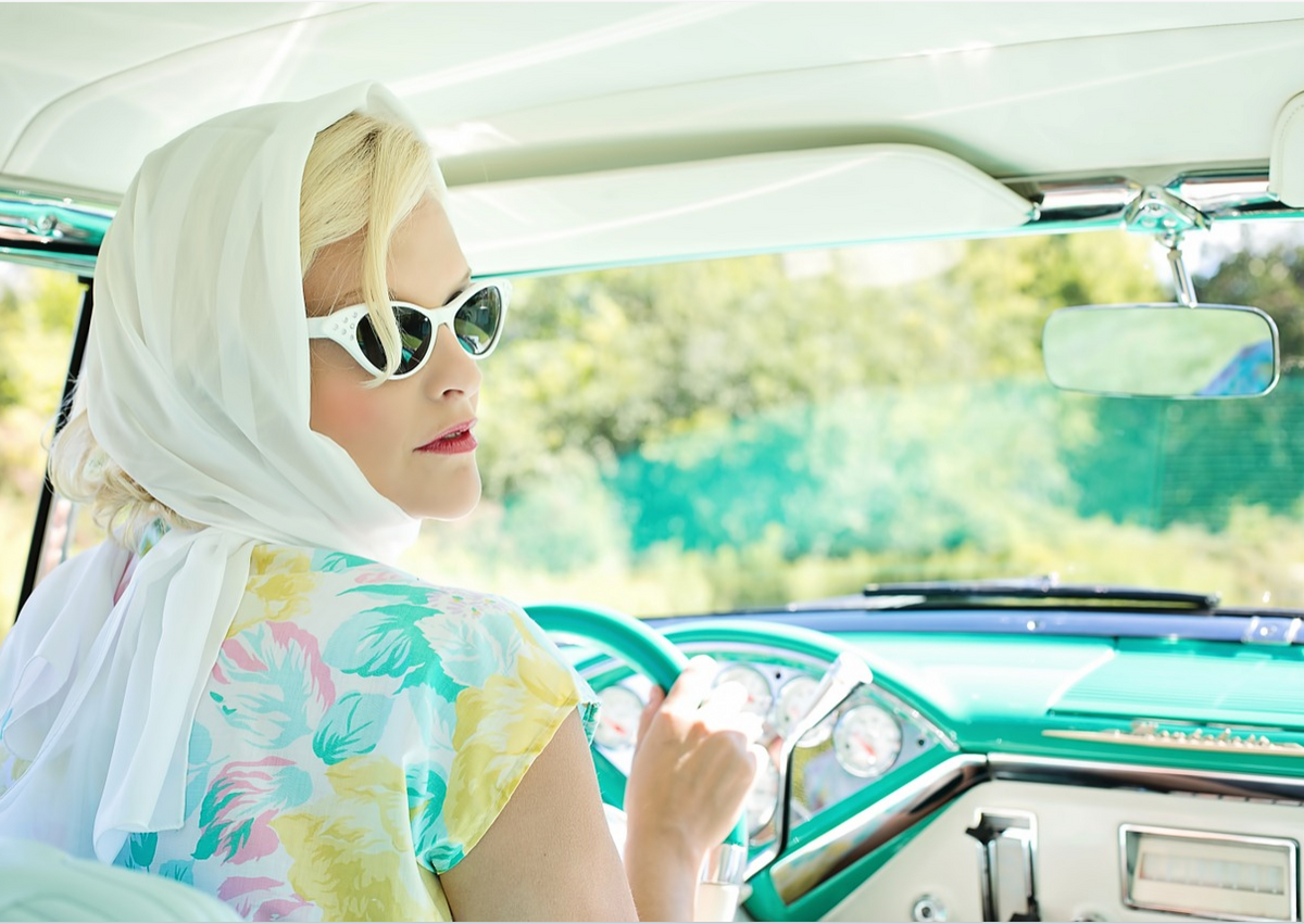 3 Reasons Why Singing In The Car Is Actually Worth Your Embarrassment