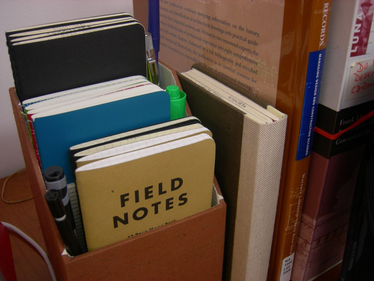 Why I Keep A Notebook On The Nightstand