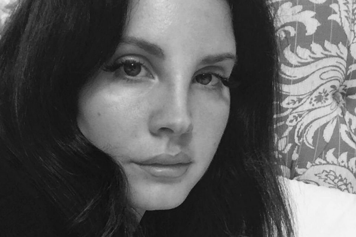 Watch Lana Del Rey (Almost) Join the 21st Century, Marvel at Siri