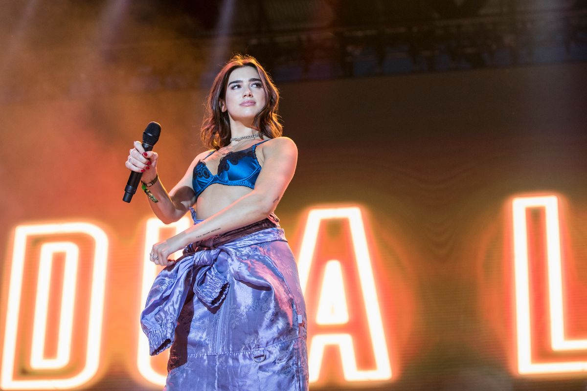 """This 80's Remix of Dua Lipa's """"New Rules"""" Will Have You Shaking"""