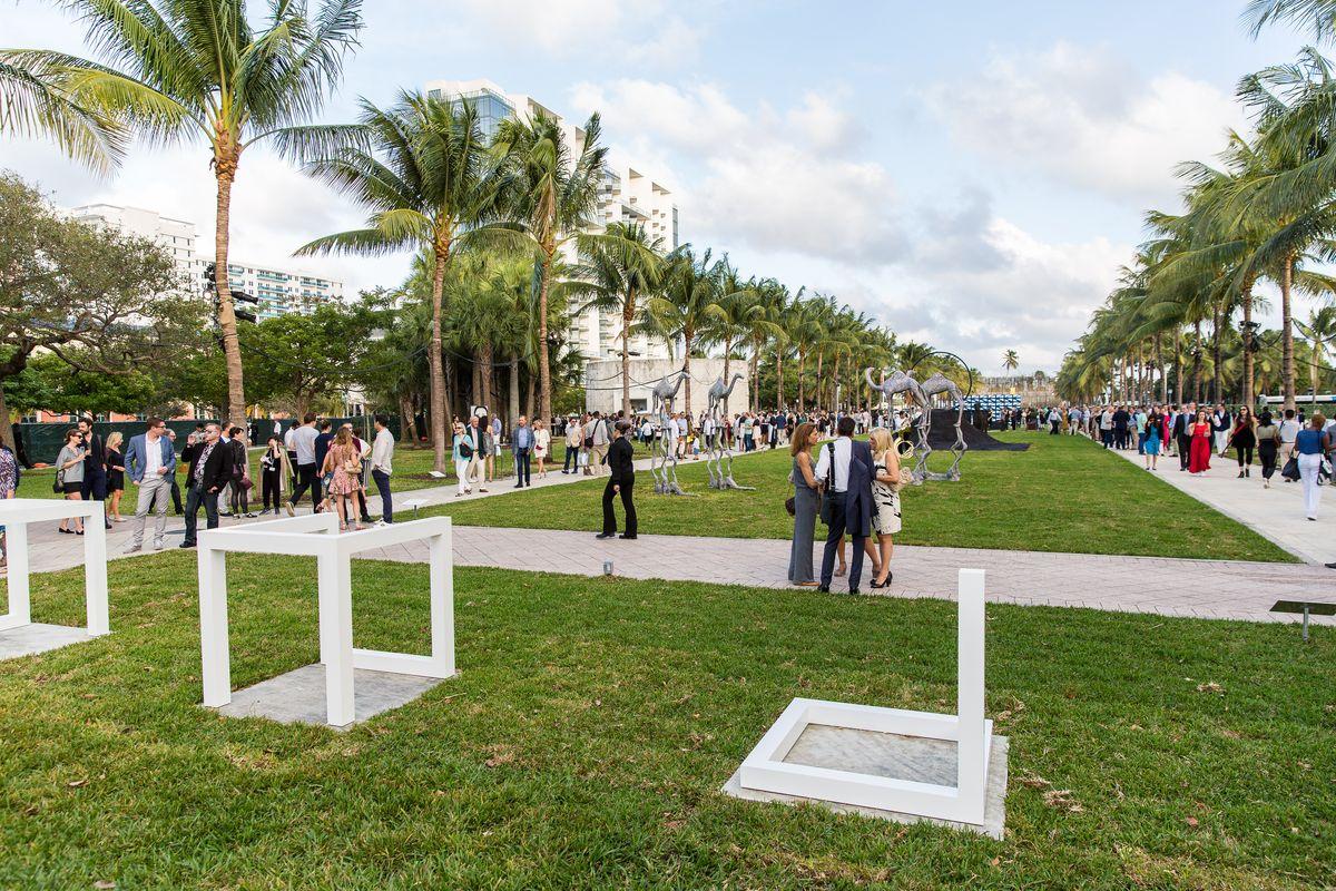 Mega Guide to Art Basel Miami Beach 2017: Part 1