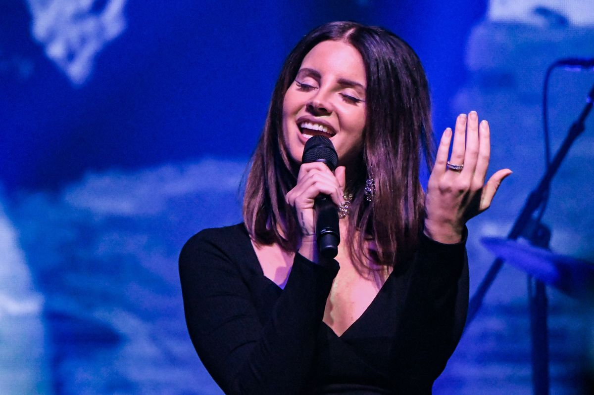 Watch Lana Del Rey Perform A Leonard Cohen Duet With His Son