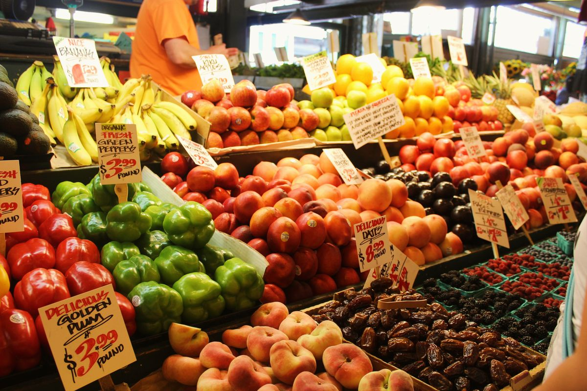 7 Tips To Be Frugal AF During Your Next Grocery Trip