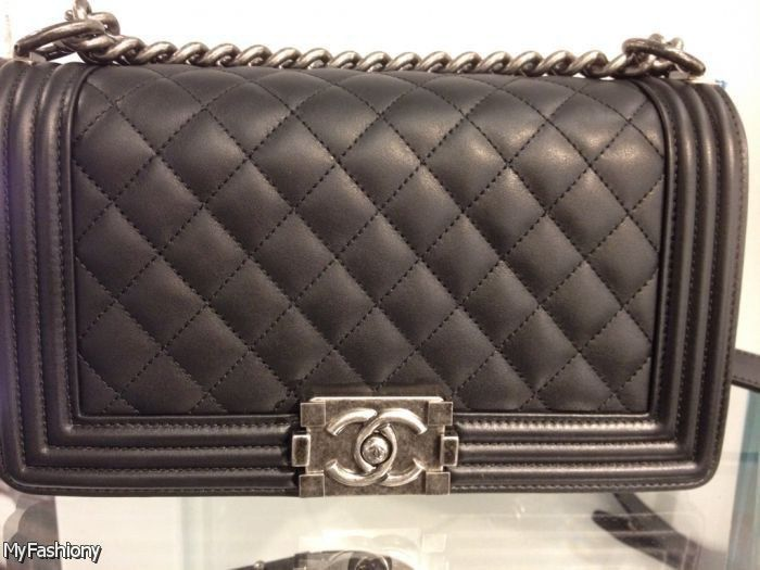 ac899e3e6654 If you are elegant and old-fashioned, then you are a Chanel bag! Chanel has  been around since the 1800s, and sometimes being are the most fabulous!
