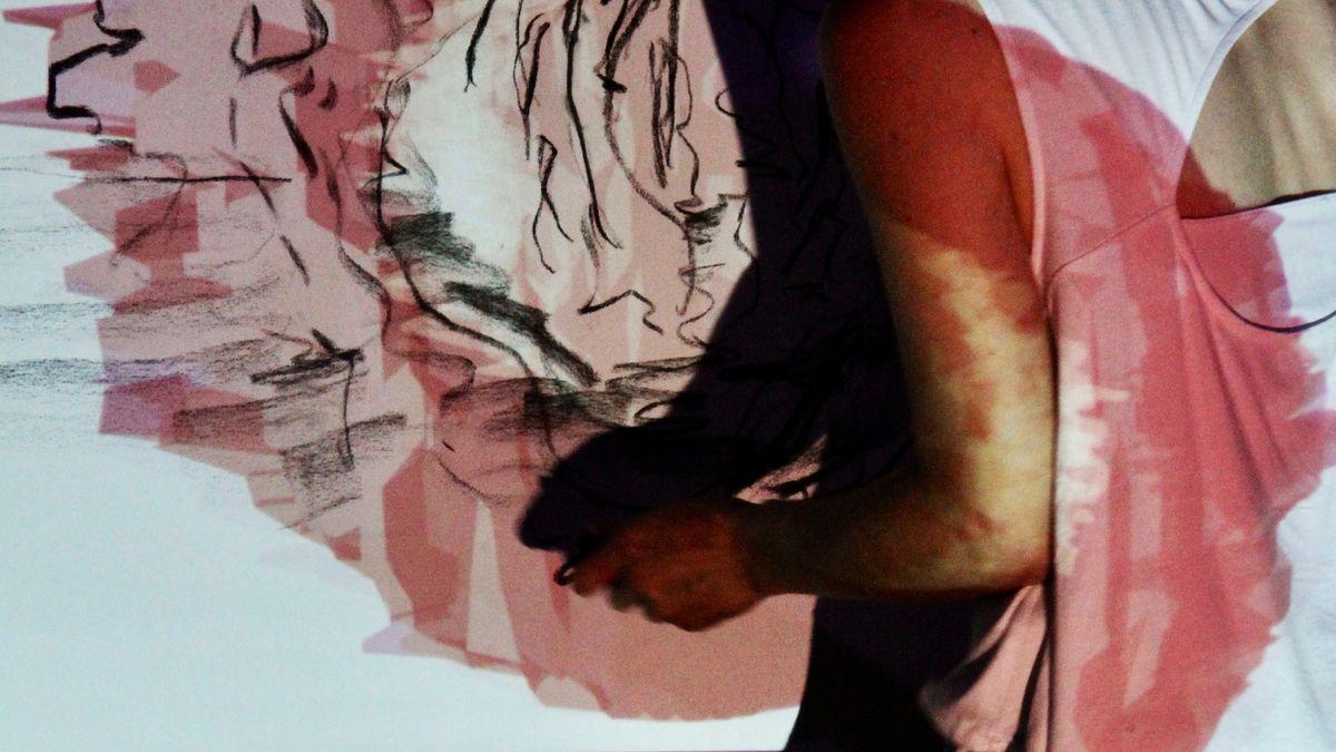 Documentation of Olya's interdisciplinary Piece : Light Minutes Away