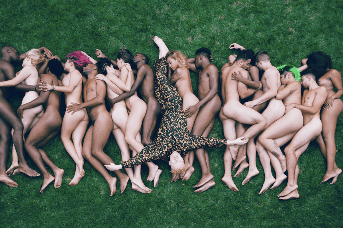"""PREMIERE: Watch Shaun Ross's Trippy Visual for His Debut Single """"Symmetry"""""""