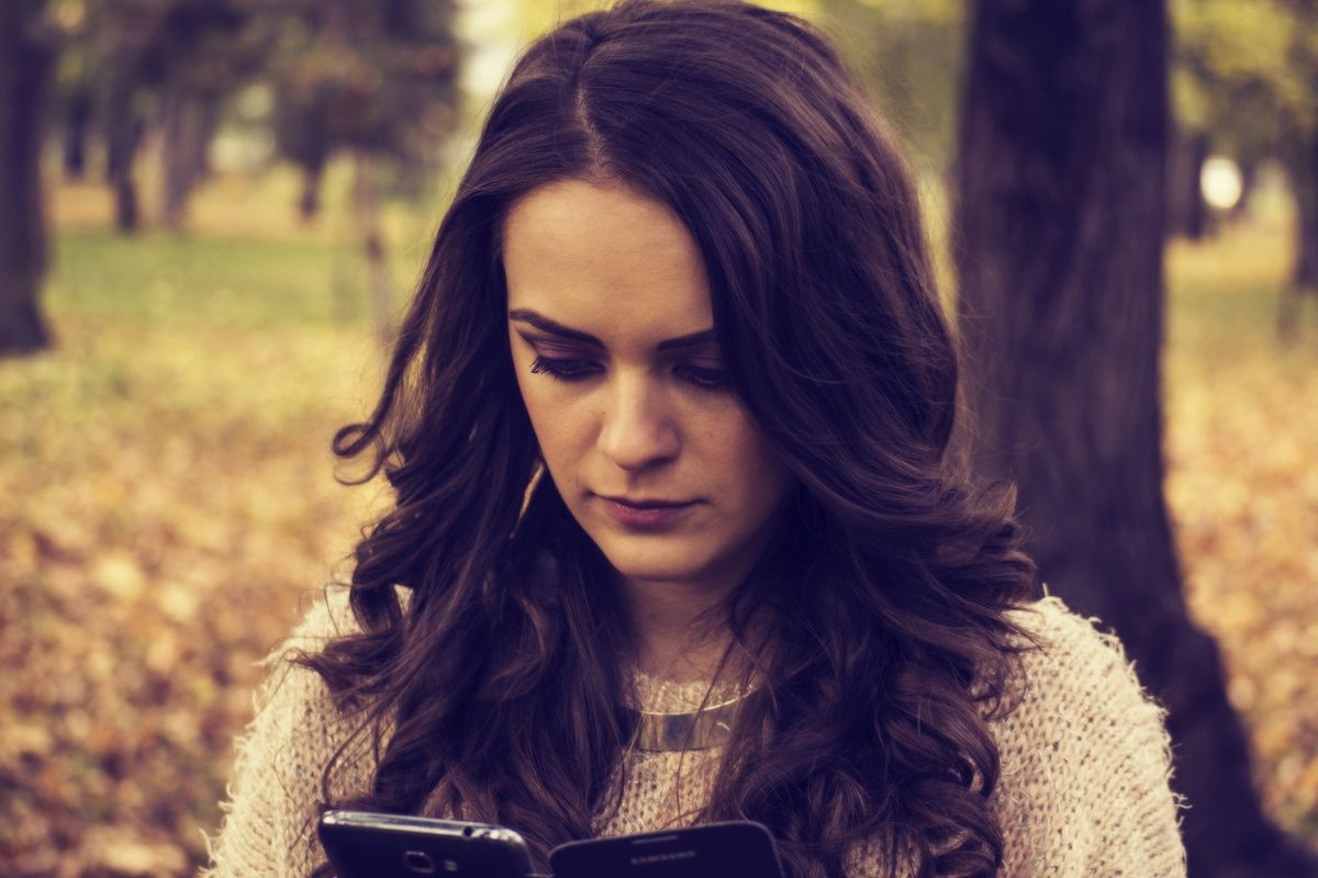 11 Things You Can Do Besides Texting Your Ex, Unless You Enjoy Ruining Your Life