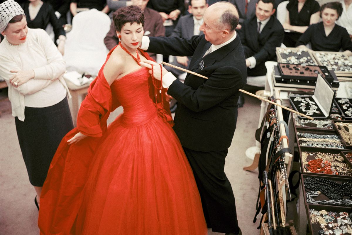 19 Vintage Photos Celebrating Dior's 70th Anniversary