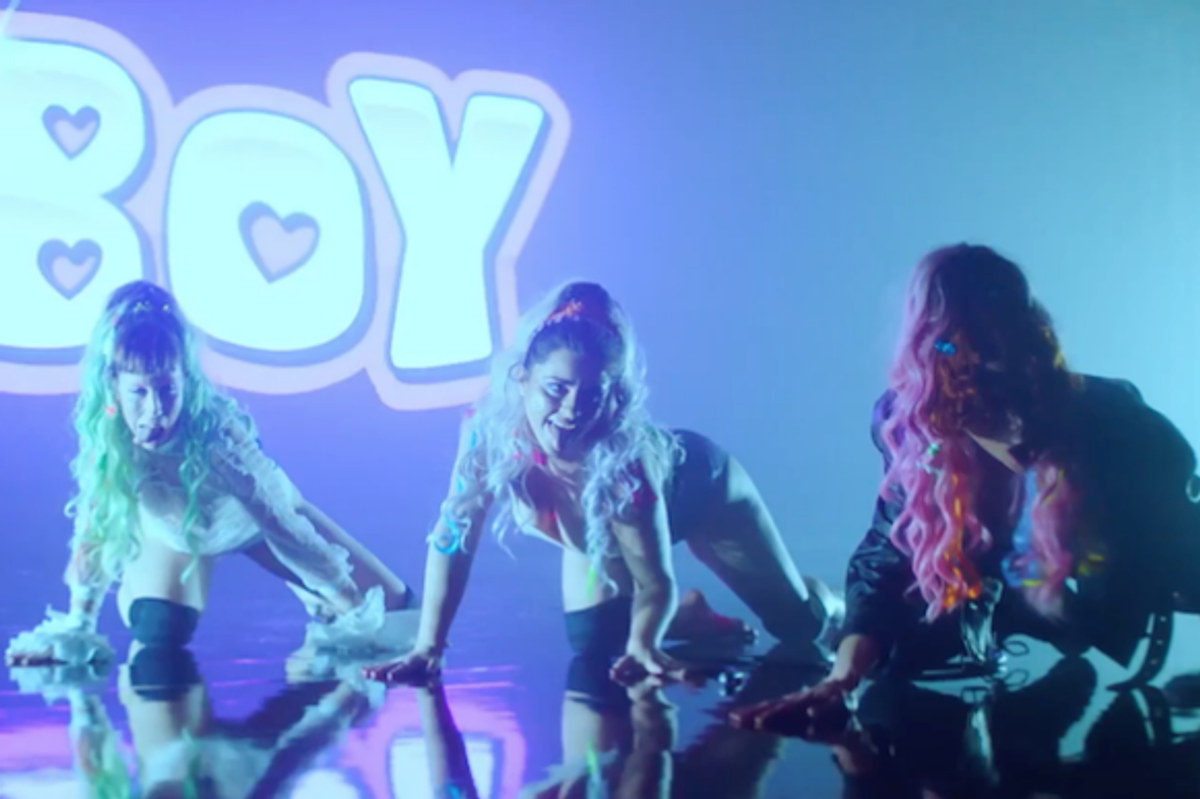 Ultimate icon SOPHIE Drops Trippy Visual For 'Ponyboy'