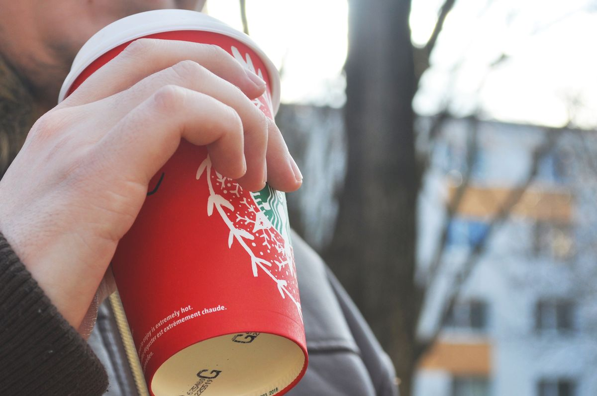 Starbucks Lets You Color Coffee Cups