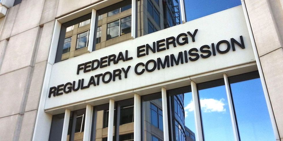 FERC, Which Rejected 2 Gas Pipelines Out of 400 Since 1999, to Review Approval Policy