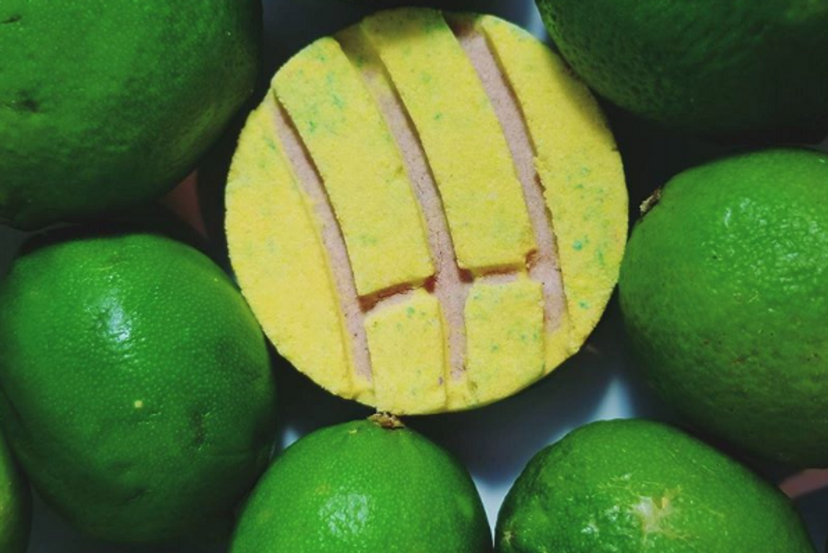 Loquita: The Latinx Brand Making Concha Bath Bombs