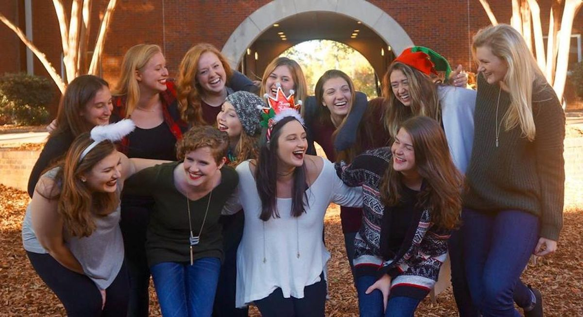 5 Reasons Why Every Girl At UA Should Join The Acabellas