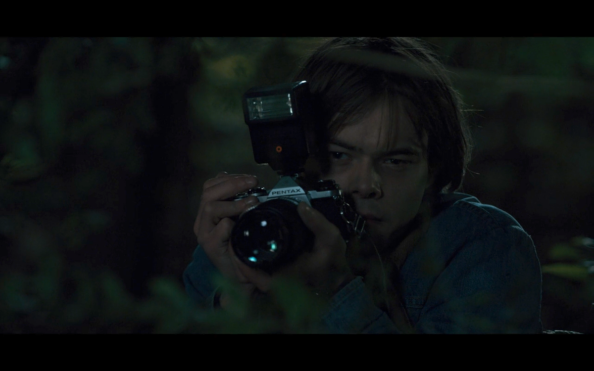 """Why Jonathan Byers Might Be The Worst Character In """"Stranger Things"""""""