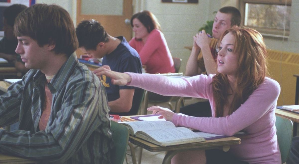 10 Smirk-Worthy Thoughts College Girls Can't Help But Have About A Cute Guy In Class