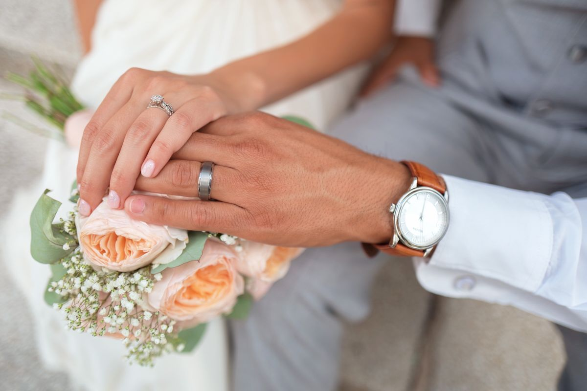 It's Still OK To Marry Young Even If Everyone Else Thinks It's Not