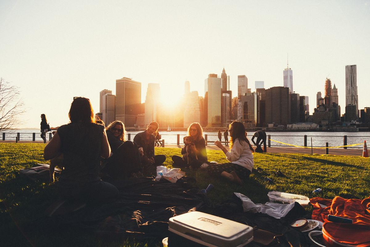 10 Perks Of Staying At School Instead Of Going Home For Break