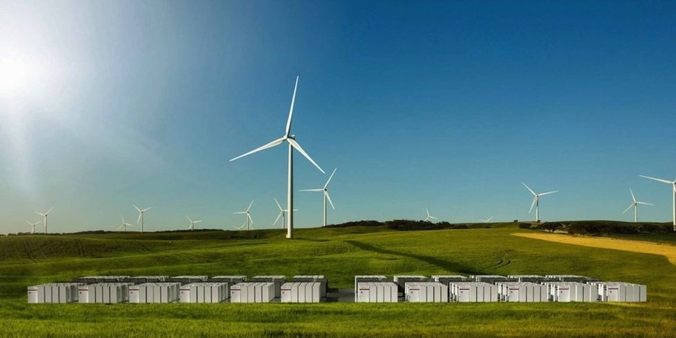 Tesla's Massive Australian Battery Responds to Coal Power Outages in Milliseconds