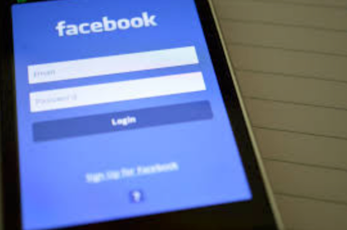 11 Things No One Cares About That You Still Post On Facebook Anyways