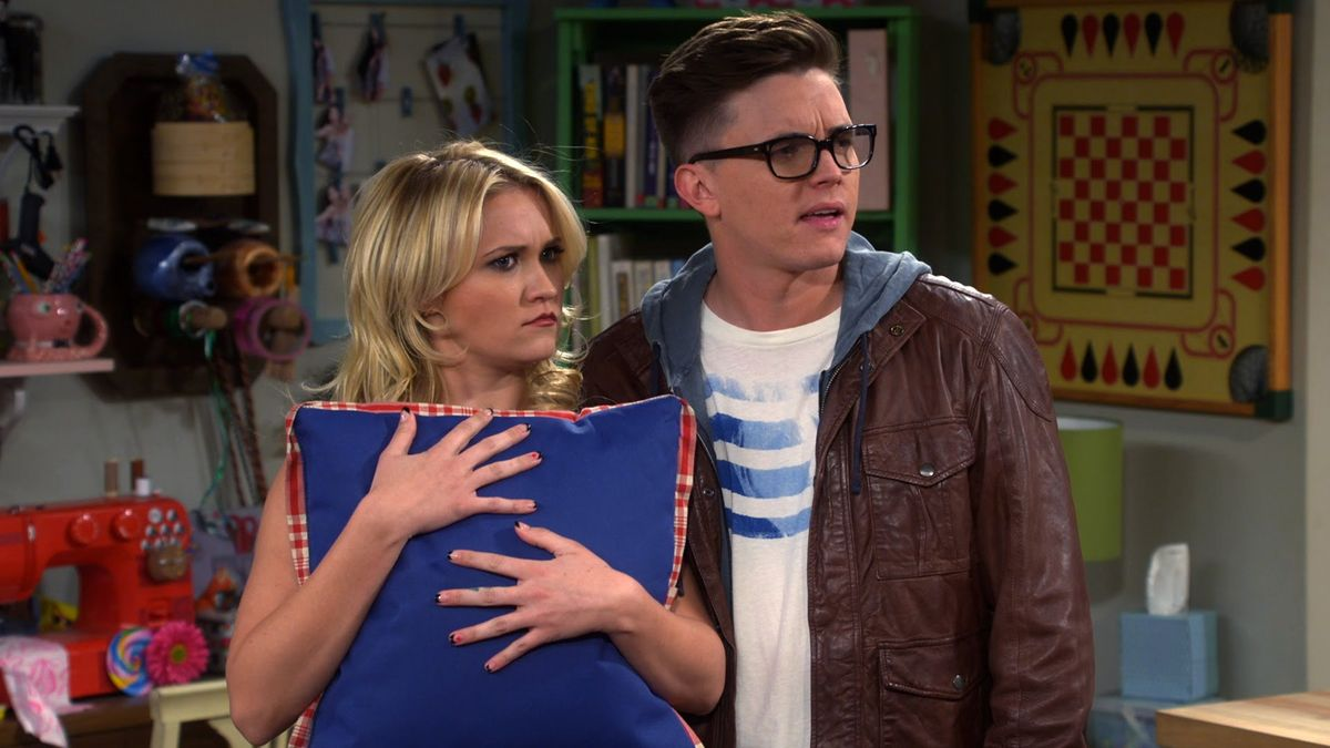"""12 Monday Feels As Told By Gabi From """"Young & Hungry"""""""