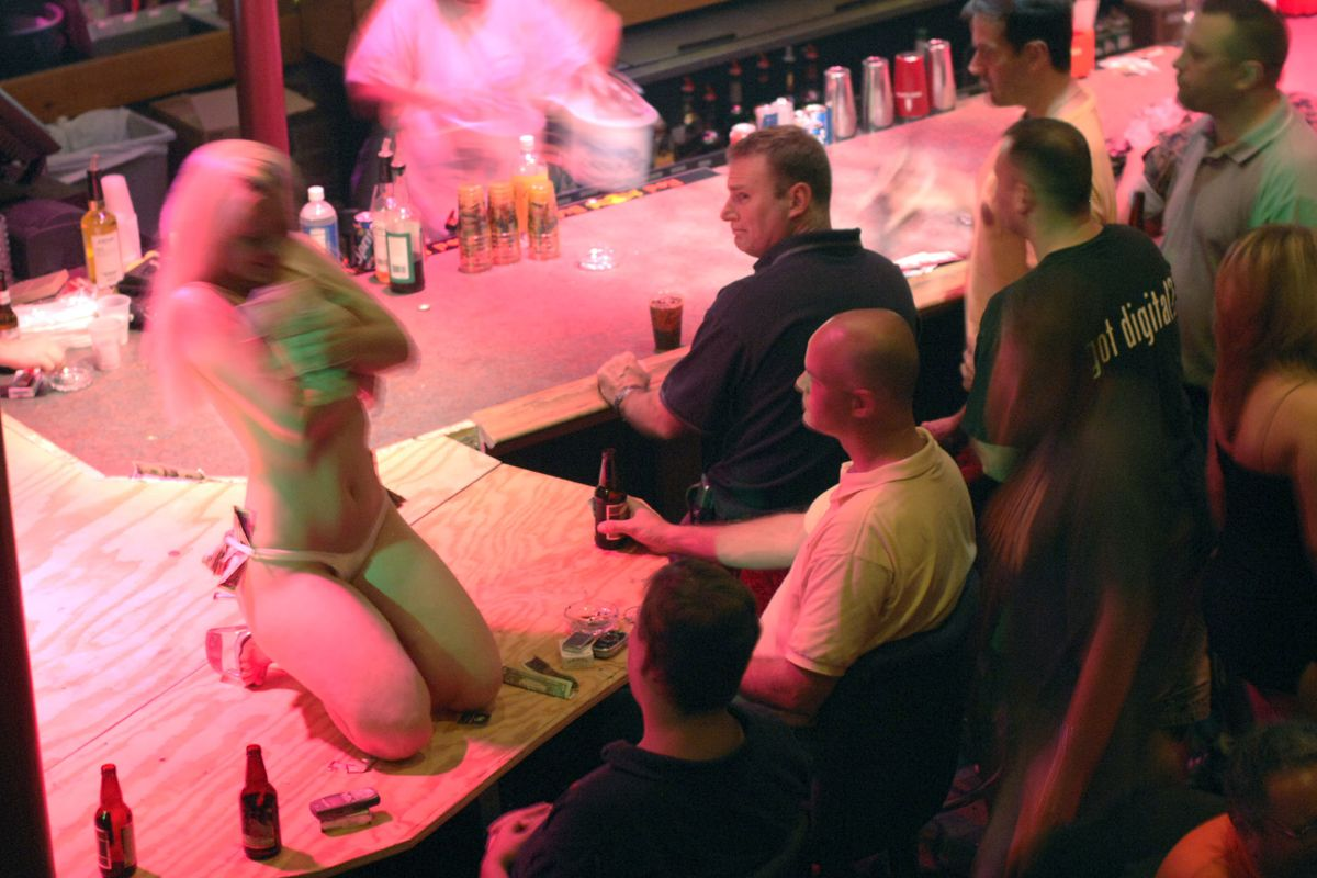 New Orleans Strippers Protest Strip Club Closure