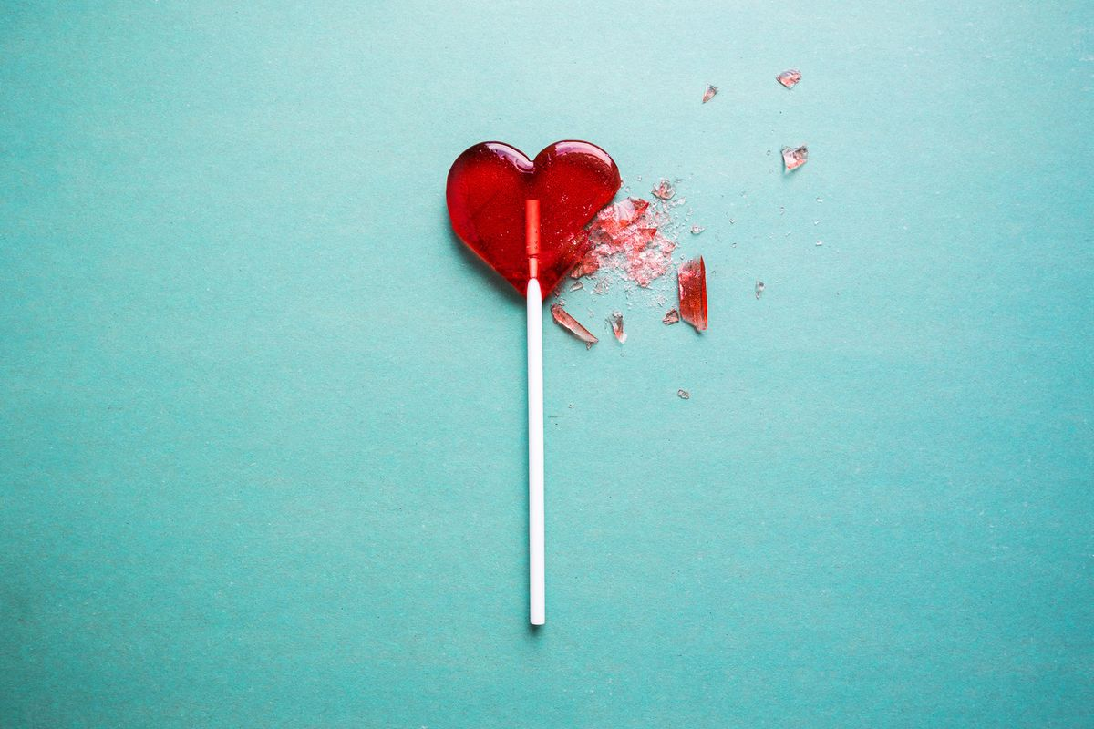 The Ultimate Anti-Valentine's Day Playlist For Lonely, Angry Hearts