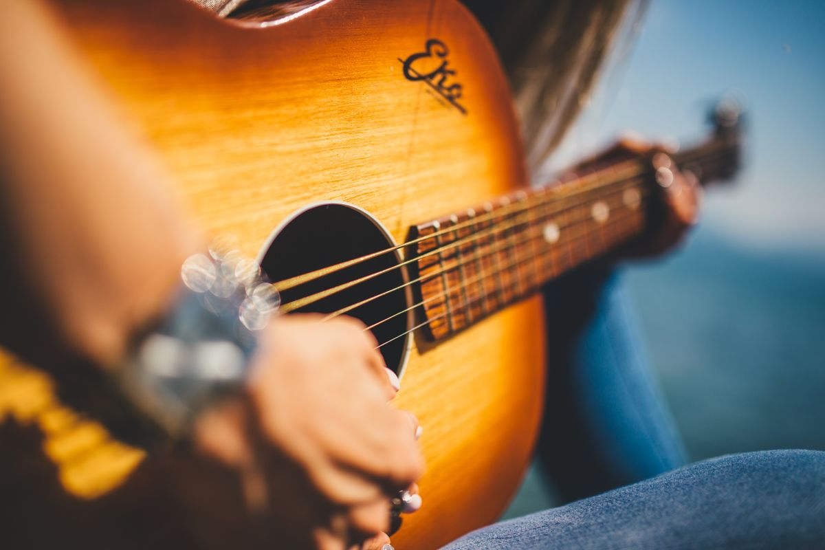 30 Country Songs To Help Your Broken Heart