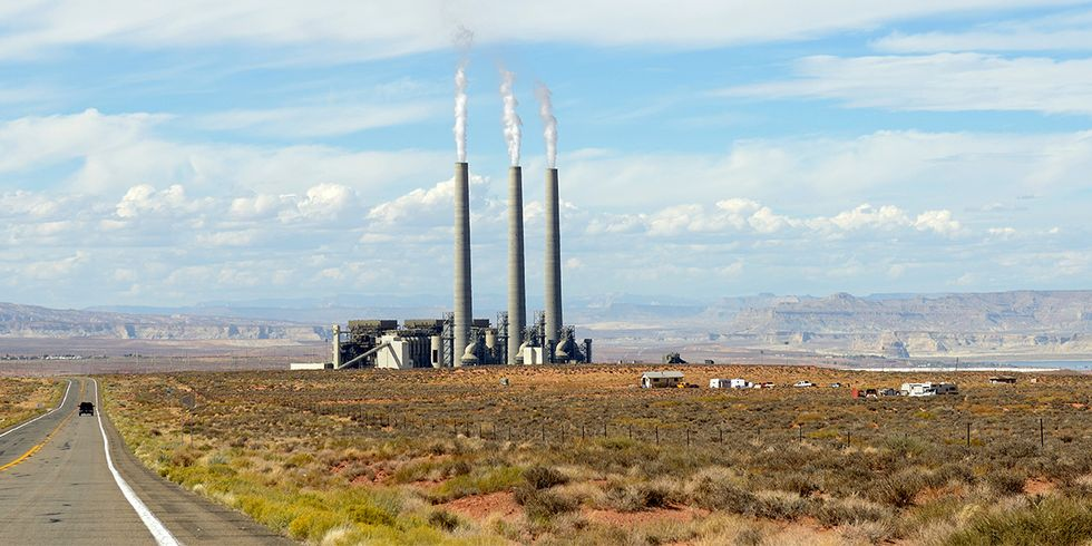 West's Largest Coal-Fired Power Plant Confirms Shutdown Plan, Miners Fight to Save Jobs