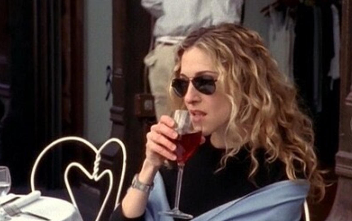6 Times Carrie Bradshaw Explained EXACTLY How Single Girls Feel On Valentine's Day