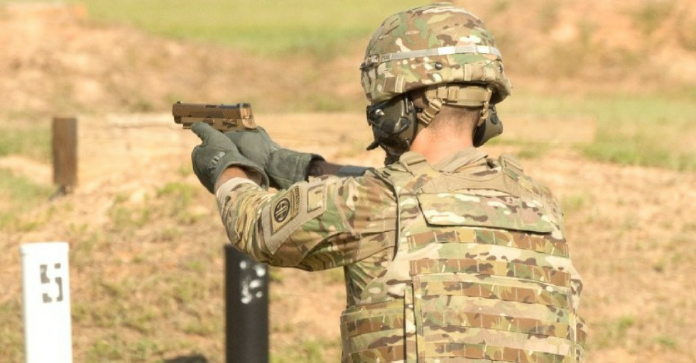 Here's a detailed look at the Army's new M17 and M18 handgun