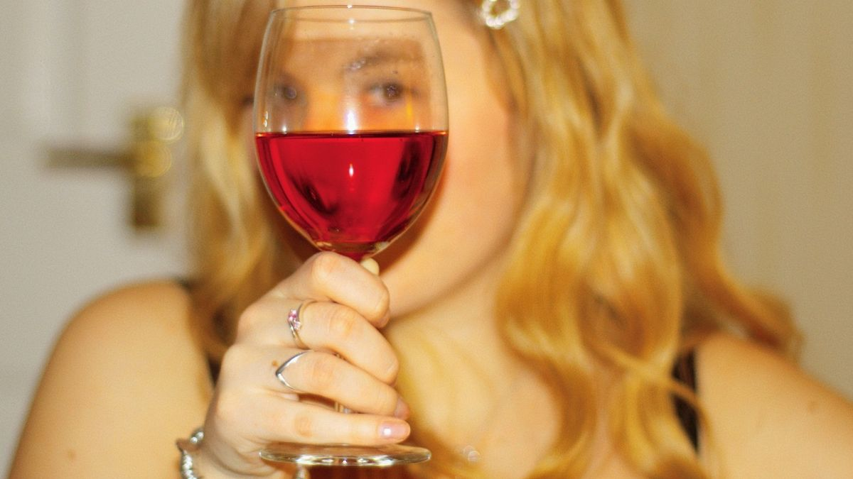 A Dozen Reasons Why Wine Is Better Than Your Boyfriend