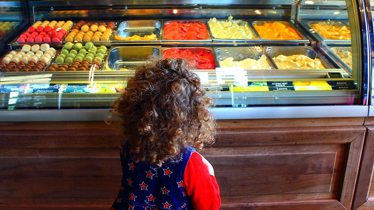 Do Red and Yellow Food Dyes Disrupt Children's Behavior?