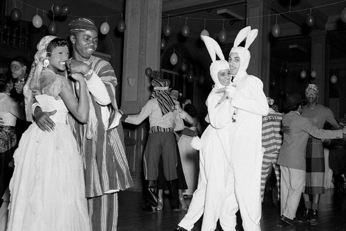 17 Old-Timey Mardi Gras Photos