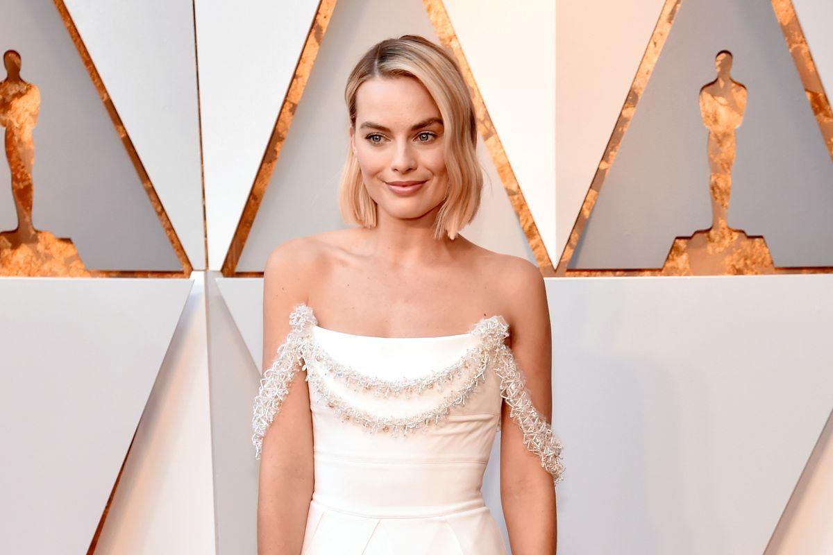 Margot Robbie's Chanel Dress Took 680 Hours to Make