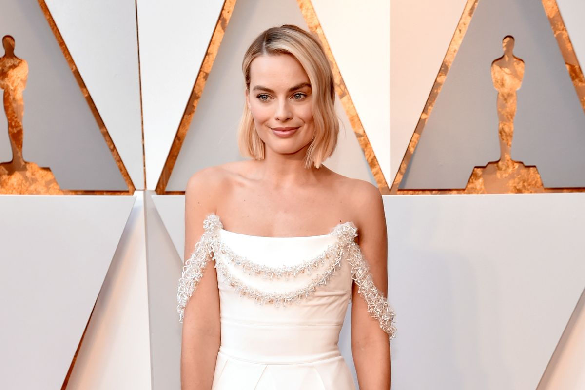 Margot Robbie's Chanel Dress Took 680 Hours to Make
