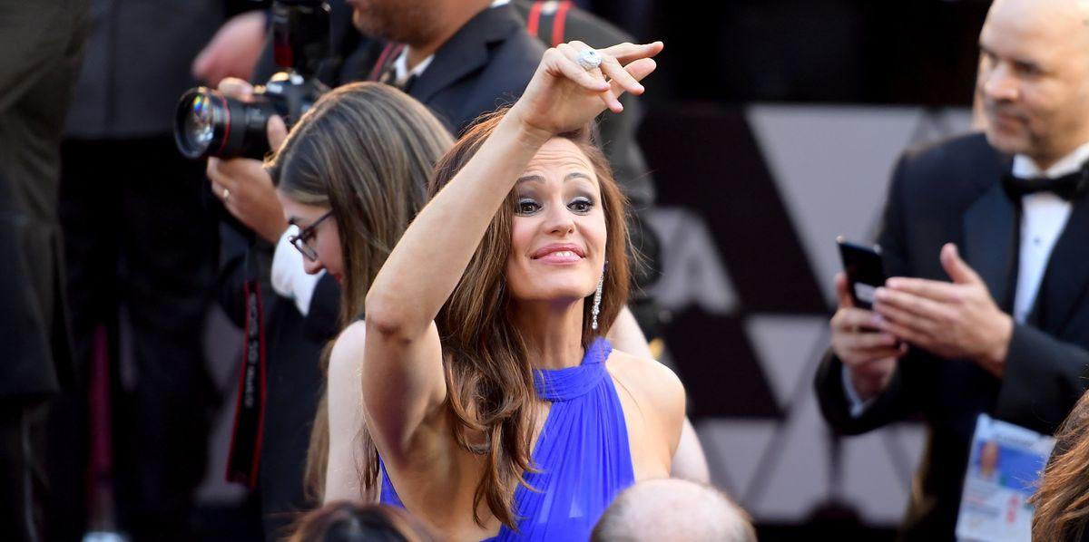 Jennifer Garner's Oscars' Realization Is the Meme We Deserve