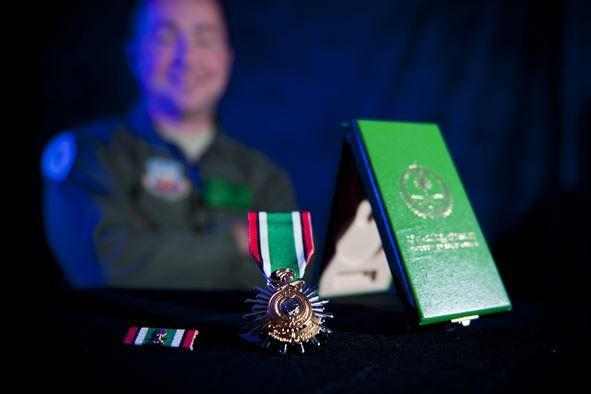 5 awesome foreign awards US troops are allowed to wear - We