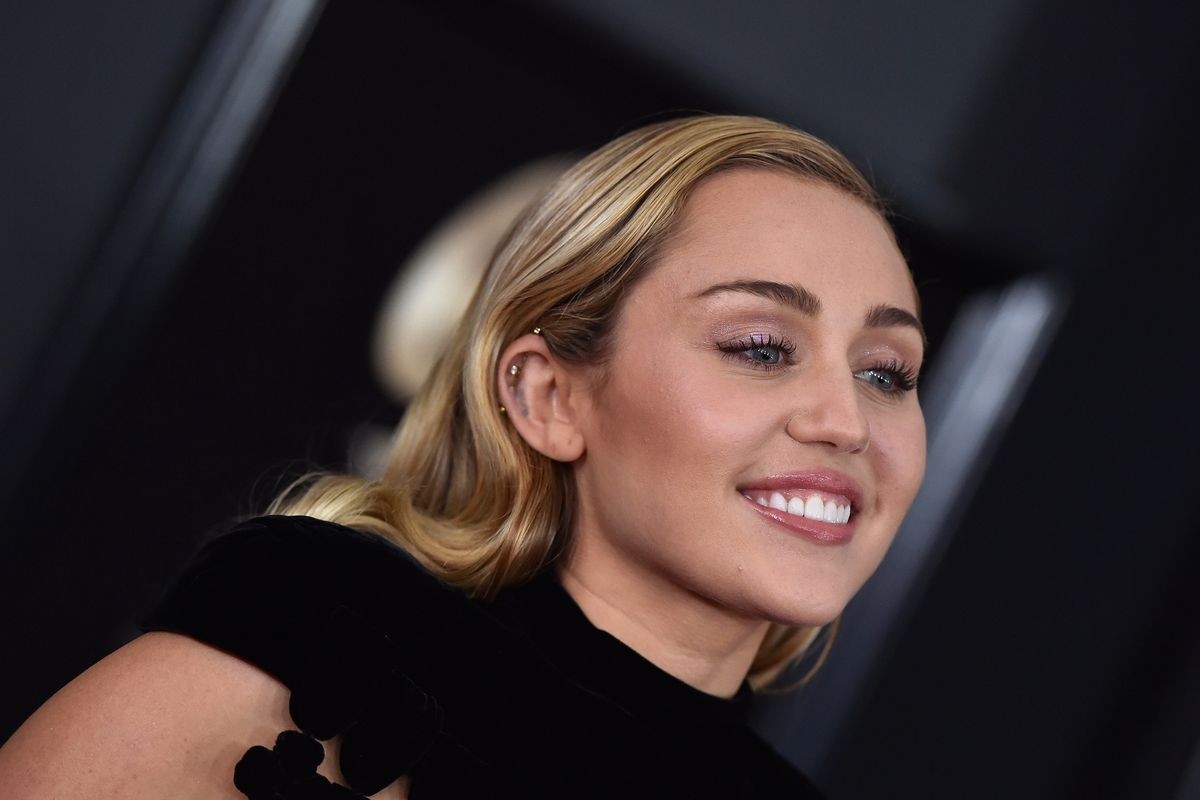 Miley Cyrus Hung Out with Paolo From 'The Lizzie McGuire Movie'