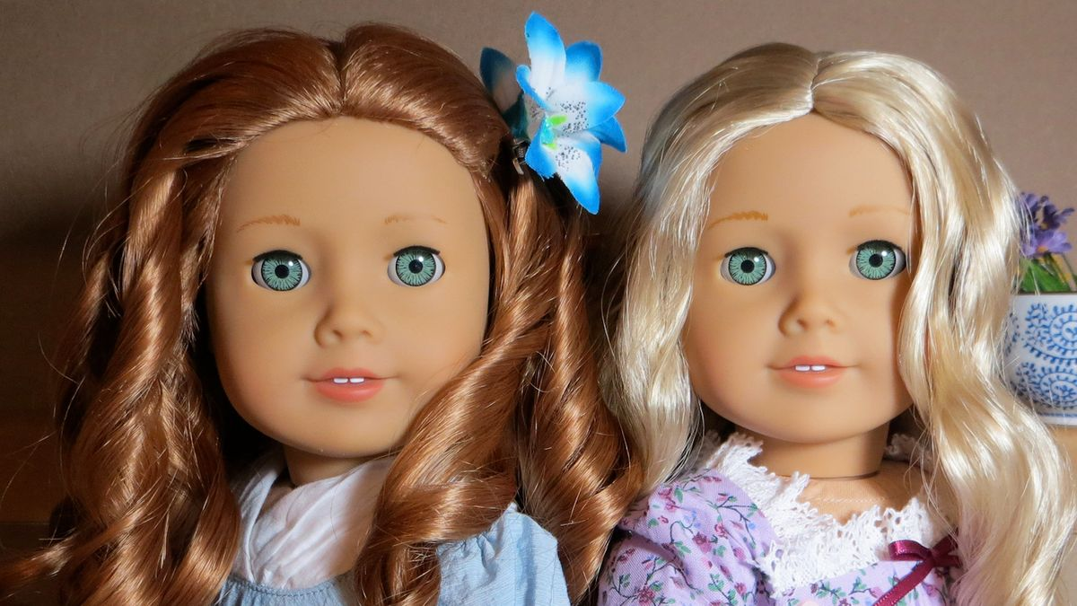 If The American Girl Dolls Were St. Louis High School Students