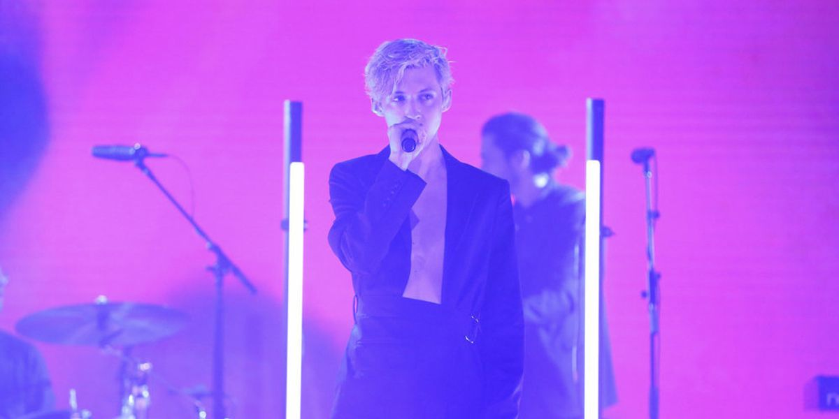 Troye Sivan Slays 'Tonight Show' Performance in Helmut Lang