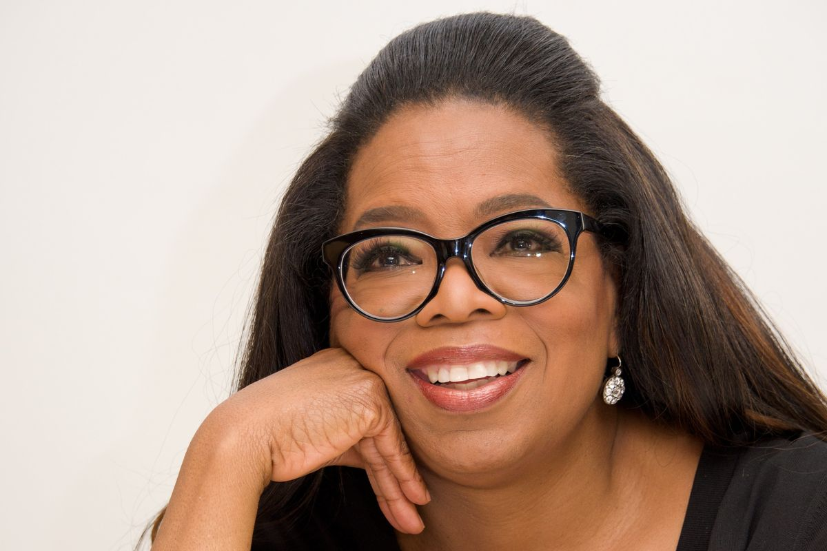 Oprah Gets Literal Sign From God(dess) to Run For President
