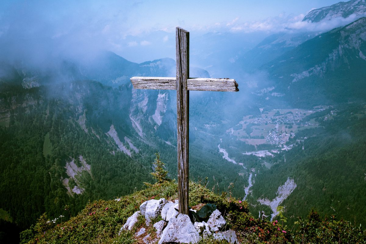 Christians Should Trust The Lord And Choose Faith Over Fear