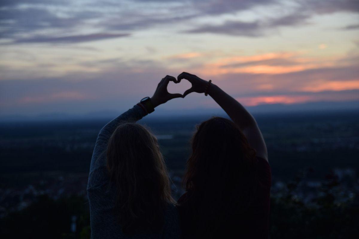 A Long Distance Friendship