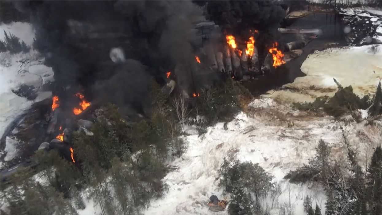 Risky Move: Canada Shipping More Tar Sands Oil by Rail